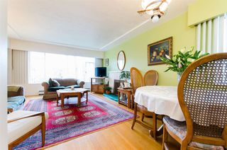 "Photo 2: 3514 W 8TH Avenue in Vancouver: Kitsilano House for sale in ""KITSILANO"" (Vancouver West)  : MLS®# R2037787"