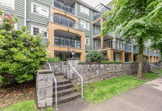 Photo 2: Coquitlam Town Centre 1 Bedroom Condo for Sale R2065023 209 1189 Westwood St Coquitlam