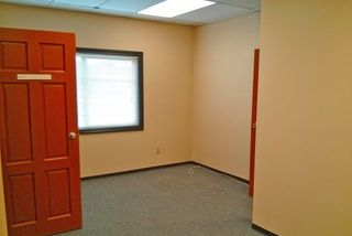 Photo 7: 33228 S FRASER Way in Abbotsford: Central Abbotsford Office for sale : MLS®# C8007743