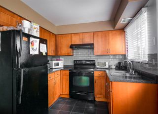 Photo 5: 22918 EAGLE Avenue in Maple Ridge: East Central House for sale : MLS®# R2121887