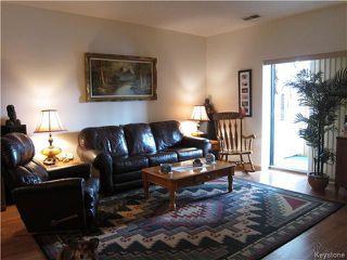 Photo 3: 3285 Pembina Highway in Winnipeg: Grandmont Park Condominium for sale (1Q)  : MLS®# 1630582