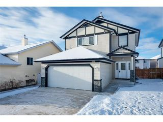 Photo 1: 223 CRYSTALRIDGE Place: Okotoks House for sale : MLS®# C4091900