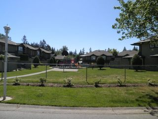 "Photo 17: 75 11737 236 Street in Maple Ridge: Cottonwood MR Townhouse for sale in ""MAPLEWOOD CREEK"" : MLS®# R2148606"