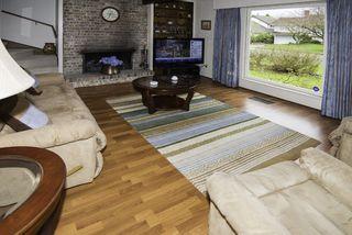 Photo 10: 7680 SUNNYDENE Road in Richmond: Broadmoor House for sale : MLS®# R2149323