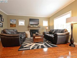 Photo 2: 962 Tayberry Terr in VICTORIA: La Happy Valley Single Family Detached for sale (Langford)  : MLS®# 754956