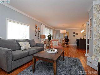 Photo 4: 2634 Sunderland Rd in VICTORIA: La Langford Proper Single Family Detached for sale (Langford)  : MLS®# 757939