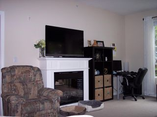 """Photo 3: 407 2581 LANGDON Street in Abbotsford: Abbotsford West Condo for sale in """"COBBLESTONE"""" : MLS®# R2173137"""