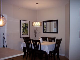 """Photo 5: 407 2581 LANGDON Street in Abbotsford: Abbotsford West Condo for sale in """"COBBLESTONE"""" : MLS®# R2173137"""