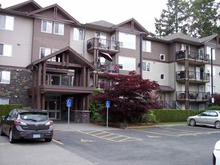 """Photo 1: 407 2581 LANGDON Street in Abbotsford: Abbotsford West Condo for sale in """"COBBLESTONE"""" : MLS®# R2173137"""
