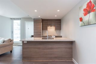 """Photo 5: 1607 488 SW MARINE Drive in Vancouver: Marpole Condo for sale in """"MARINE GATEWAY"""" (Vancouver West)  : MLS®# R2178755"""