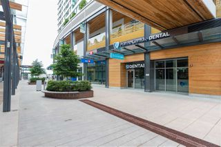 """Photo 18: 1607 488 SW MARINE Drive in Vancouver: Marpole Condo for sale in """"MARINE GATEWAY"""" (Vancouver West)  : MLS®# R2178755"""
