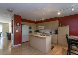 "Photo 5: 86 12711 64 Avenue in Surrey: West Newton Townhouse for sale in ""PALETTE ON THE PARK"" : MLS®# R2184073"