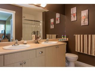 "Photo 13: 86 12711 64 Avenue in Surrey: West Newton Townhouse for sale in ""PALETTE ON THE PARK"" : MLS®# R2184073"