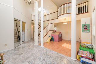 Photo 2: 6191 MARTYNIUK Place in Richmond: Woodwards House for sale : MLS®# R2193136