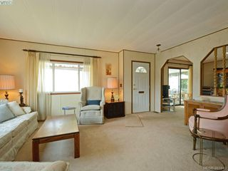 Photo 3: 9423 Brookwood Drive in SIDNEY: Si Sidney South-West Manu Double-Wide for sale (Sidney)  : MLS®# 381840