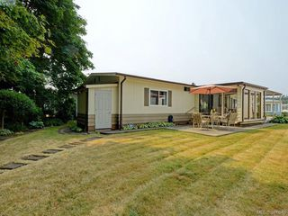 Photo 17: 9423 Brookwood Drive in SIDNEY: Si Sidney South-West Manu Double-Wide for sale (Sidney)  : MLS®# 381840