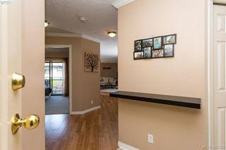 Photo 3: 304 3900 Shelbourne Street in VICTORIA: SE Cedar Hill Condo Apartment for sale (Saanich East)  : MLS®# 382333
