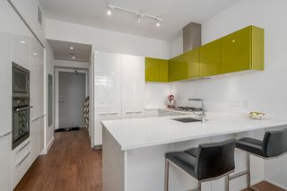 "Photo 6: 806 108 E 1ST Avenue in Vancouver: Mount Pleasant VE Condo for sale in ""Meccanica"" (Vancouver East)  : MLS®# R2199007"