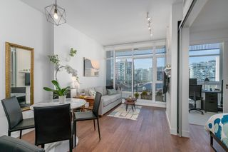 "Photo 2: 806 108 E 1ST Avenue in Vancouver: Mount Pleasant VE Condo for sale in ""Meccanica"" (Vancouver East)  : MLS®# R2199007"