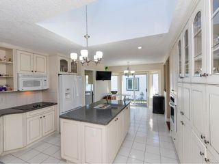 Photo 4: 3593 N Arbutus Dr in COBBLE HILL: ML Cobble Hill House for sale (Malahat & Area)  : MLS®# 769382