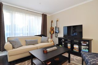 Photo 8: 113 2558 PARKVIEW Lane in Port Coquitlam: Central Pt Coquitlam Condo for sale : MLS®# R2212920