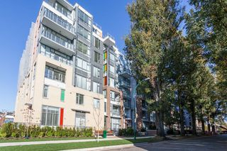"Photo 17: 714 2033 W 10TH Avenue in Vancouver: Kitsilano Condo for sale in ""W10 & MAPLE AT ARBUTUS"" (Vancouver West)  : MLS®# R2218464"
