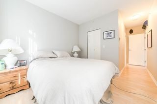 """Photo 12: 706 1001 HOMER Street in Vancouver: Yaletown Condo for sale in """"BENTLEY"""" (Vancouver West)  : MLS®# R2219801"""
