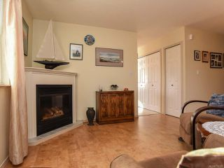 Photo 13: 2285 Kilpatrick Ave in COURTENAY: CV Courtenay City House for sale (Comox Valley)  : MLS®# 774125
