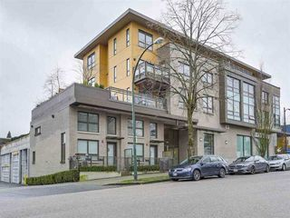 Photo 2: 305 222 E 30TH Avenue in Vancouver: Main Condo for sale (Vancouver East)  : MLS®# R2246057