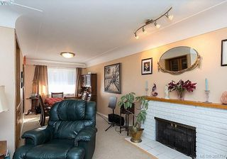 Photo 6: 1631 Richardson Street in VICTORIA: Vi Fairfield West Single Family Detached for sale (Victoria)  : MLS®# 388757