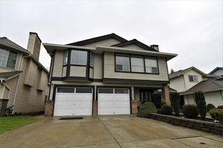Photo 1: 11611 MILLER STREET in Maple Ridge: Southwest Maple Ridge House for sale : MLS®# R2230125