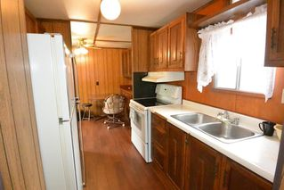 "Photo 2: 21 95 LAIDLAW Road in Smithers: Smithers - Rural Manufactured Home for sale in ""MOUNTAIN VIEW MOBILE HOME PARK"" (Smithers And Area (Zone 54))  : MLS®# R2256996"