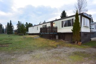 "Photo 16: 21 95 LAIDLAW Road in Smithers: Smithers - Rural Manufactured Home for sale in ""MOUNTAIN VIEW MOBILE HOME PARK"" (Smithers And Area (Zone 54))  : MLS®# R2256996"