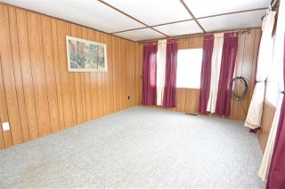 "Photo 5: 21 95 LAIDLAW Road in Smithers: Smithers - Rural Manufactured Home for sale in ""MOUNTAIN VIEW MOBILE HOME PARK"" (Smithers And Area (Zone 54))  : MLS®# R2256996"