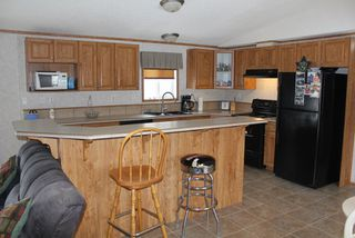 Photo 4: 5118 56 Street: Elk Point Manufactured Home for sale : MLS®# E4105959
