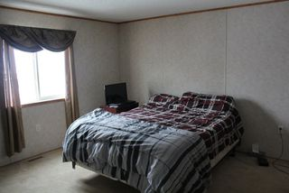 Photo 9: 5118 56 Street: Elk Point Manufactured Home for sale : MLS®# E4105959