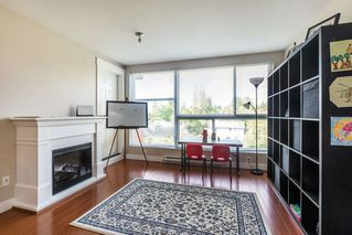 "Photo 5: 324 12085 228 Street in Maple Ridge: East Central Condo for sale in ""THE RIO"" : MLS®# R2263052"