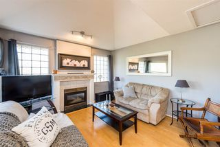 "Photo 2: 304 1558 GRANT Avenue in Port Coquitlam: Glenwood PQ Condo for sale in ""GRANT GARDENS"" : MLS®# R2265927"