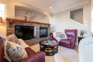 """Photo 8: 28 22225 50 Avenue in Langley: Murrayville Townhouse for sale in """"Murray's Landing"""" : MLS®# R2274333"""