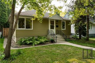 Photo 2: 692 Cambridge Street in Winnipeg: River Heights Residential for sale (1D)  : MLS®# 1823041