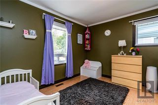 Photo 7: 692 Cambridge Street in Winnipeg: River Heights Residential for sale (1D)  : MLS®# 1823041