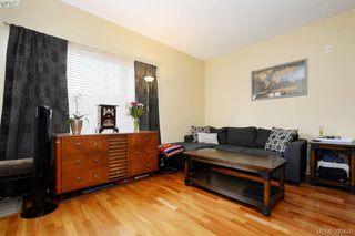 Photo 3: 205 1156 Colville Rd in VICTORIA: Es Gorge Vale Condo Apartment for sale (Esquimalt)  : MLS®# 797003