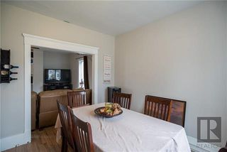 Photo 3: 212 Harvard Avenue West in Winnipeg: West Transcona Residential for sale (3L)  : MLS®# 1828597