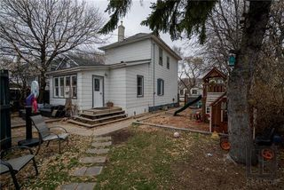 Photo 18: 212 Harvard Avenue West in Winnipeg: West Transcona Residential for sale (3L)  : MLS®# 1828597