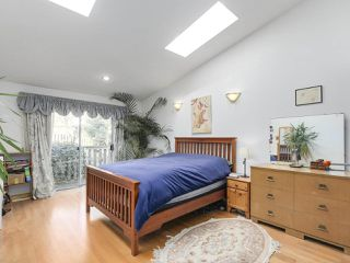 "Photo 10: 1018 PALMDALE Street in Coquitlam: Ranch Park House for sale in ""Ranch Park"" : MLS®# R2329948"