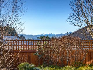 Photo 8: 2413 Stirling Cres in COURTENAY: CV Courtenay East House for sale (Comox Valley)  : MLS®# 804446