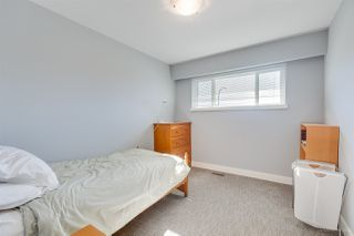 "Photo 10: 7063 GOLDEN Street in Burnaby: Montecito House for sale in ""Montecito area"" (Burnaby North)  : MLS®# R2346073"