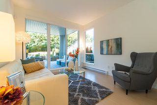 """Photo 7: 210 5460 BROADWAY in Burnaby: Parkcrest Condo for sale in """"SEASONS"""" (Burnaby North)  : MLS®# R2348910"""