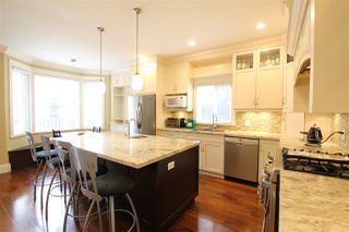 Photo 12: 8328 16TH Avenue in Burnaby: East Burnaby House for sale (Burnaby East)  : MLS®# R2356195