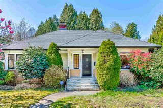 Main Photo: 6065 DUNBAR Street in Vancouver: Southlands House for sale (Vancouver West)  : MLS®# R2358539